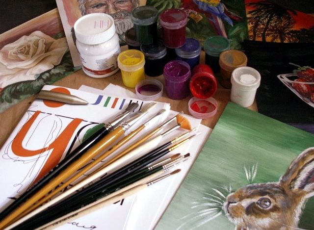 Техники рисования гуашью: нетрадиционные и традиционные